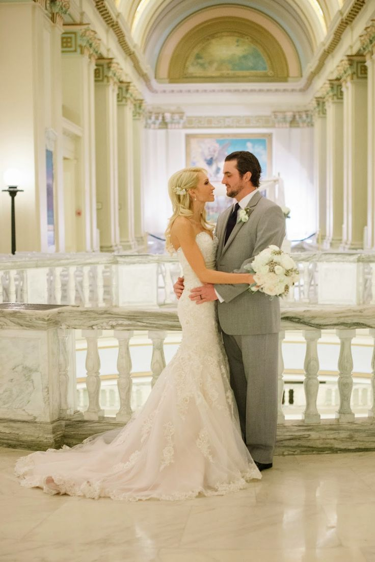 Columns ivory fabric uplighting wedding ceremony downtown double tree - Sue Lou Events Winter Wedding Elegance Bride And Groom Picture This Gorgeous