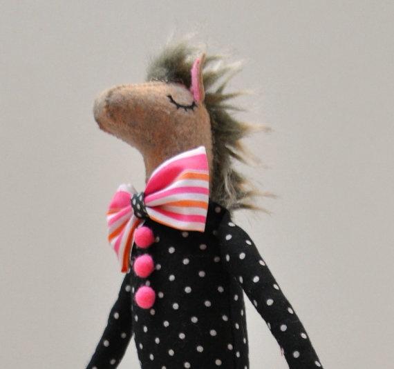 Viktor felt horse par lizarendina sur Etsy, $40,00