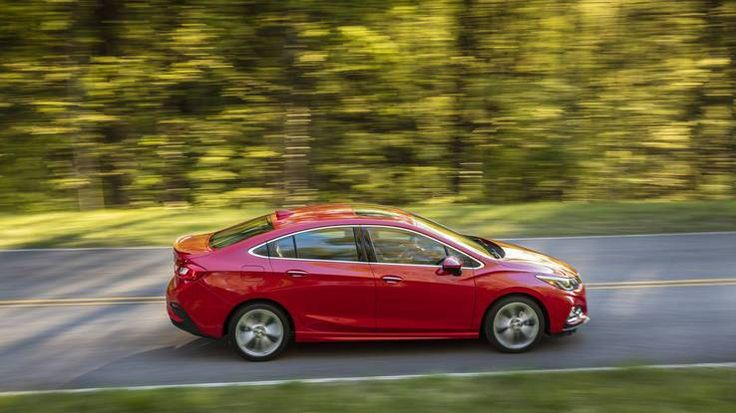 2016 Chevrolet Cruze LT review: Well-equipped and plain as day - https://carparse.co.uk/2016/08/24/2016-chevrolet-cruze-lt-review-well-equipped-and-plain-as-day-2/