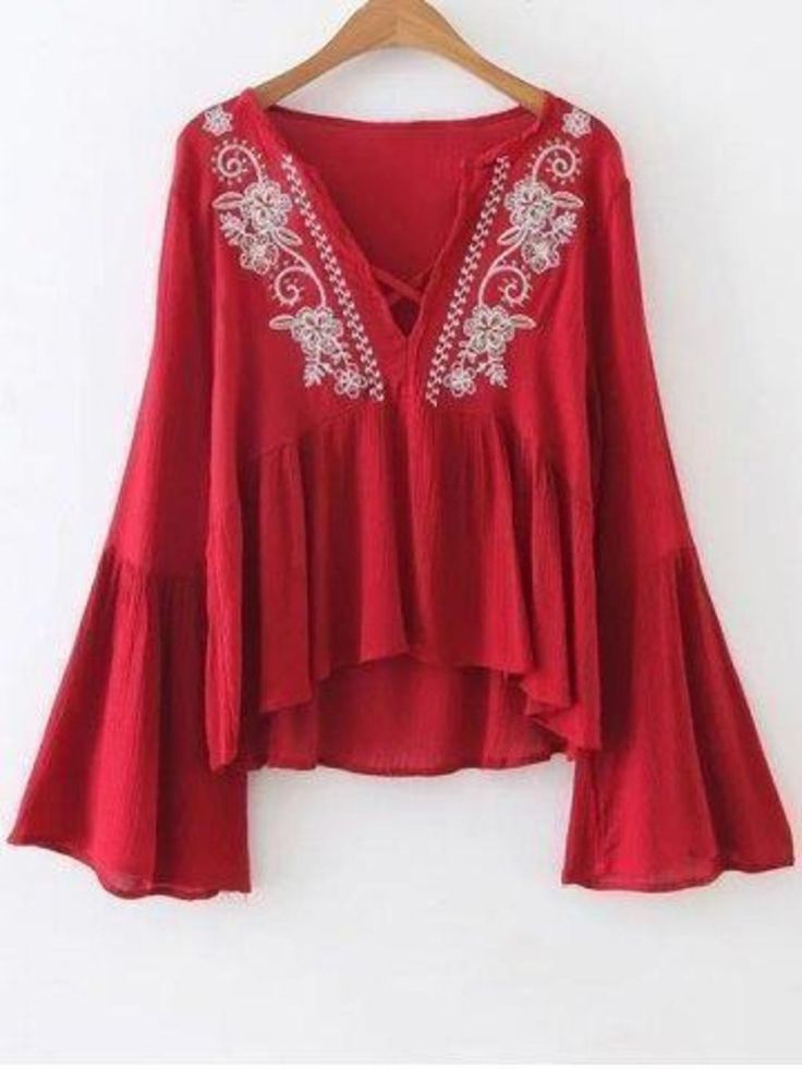 Bell Sleeve Trapeze Top (Available from: http://www.zaful.com/bell-sleeve-trapeze-top-p_224372.html)