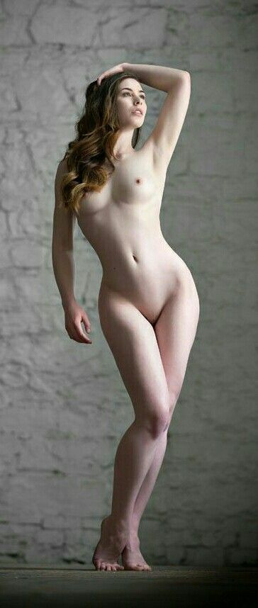Art female nudist