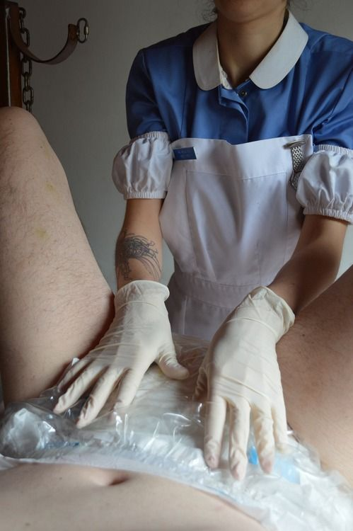 Nursing issues with adult diapers