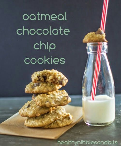 OATMEAL CHOCOLATE CHIP COOKIES  PREP TIME 10 mins COOK TIME 15 mins TOTAL TIME 25 mins  Makes Around 20-22 Cookies. Author: Lisa Lin Recipe type: snack, dessert INGREDIENTS 1 large egg 1/2 cup (96g) sugar (I used unrefined cane sugar) 1/4 cup + 2 TBS (89ml) olive oil 2 TBS maple syrup (any other liquid sweetener works also) 2 TBS hot water 1 tsp pure vanilla extract 1 cup (120g) all-purpose flour 1/2 cup (56g) almond meal 1 cup (80g) rolled oats 1/2 tsp baking soda 1/2 tsp cinnamon 1/4 tsp…