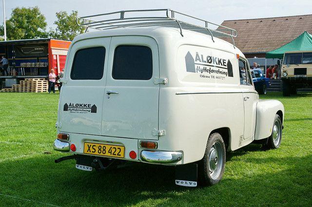 Danish Duett moving van