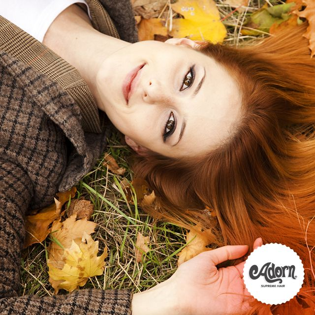 Autunno con stile e i colori caldi delle foglie!
