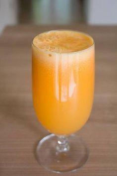 Jugo para perder peso y estilizar cintura | Adelgazar – Bajar de Peso Es muy fácil, solo necesitas: 2 naranjas (sin corteza en cubos) 2 manzanas (cortada en cubos sin semillas) 3-4 zanahorias