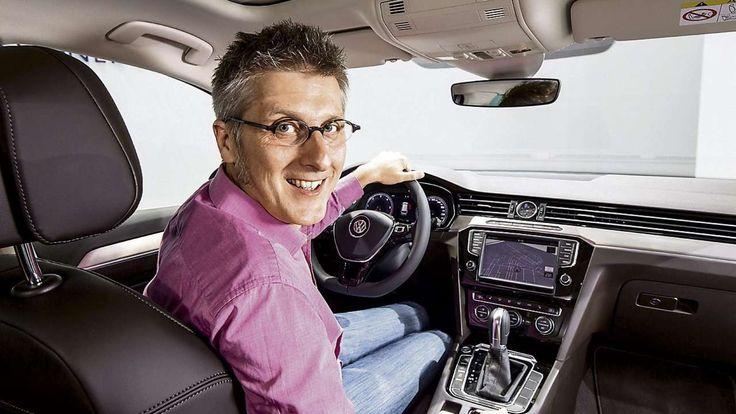 WELTPREMIERE IN POTSDAM Sitzprobe im neuen VW Passat