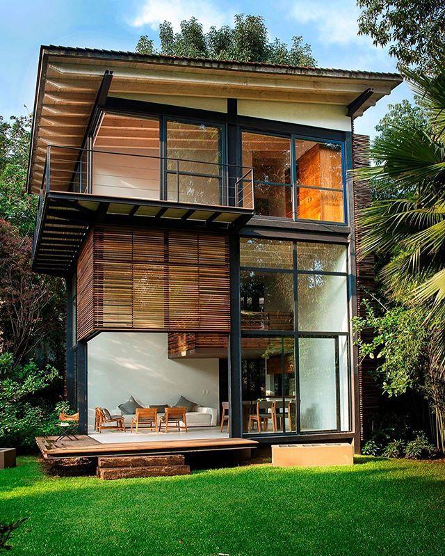 Chipicas Town Houses by Alejandro Sanchez Garcia Architects (2009), Valle de Bravo #Mexico ... Area: 720 sqm. 📸 Jaime Navarro Sato