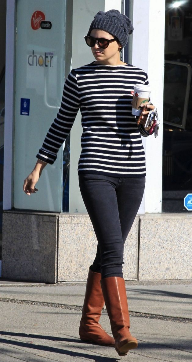 ACTRESS GINNIFER GOODWIN CASUAL IN STRIPES, DENIM, BOOTS AND A KNIT CAP