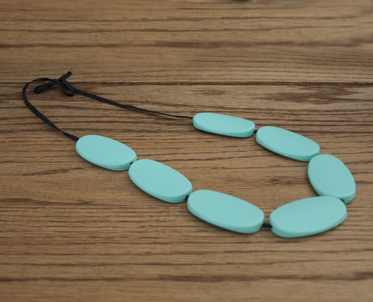 TEETHING NECKLACE DIY TUTORIAL SILICONE TEETHING NECKLACE finished product
