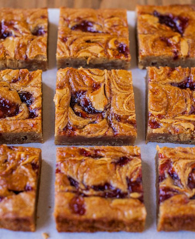 pb & j blondies: Cookies Bar, Peanut Butter Jelly, Blondi Brownies, Pbj Blondi, Desserts Bar, Brownies Bar, Pbjblondi, Jelly Blondi, Bar Brownies