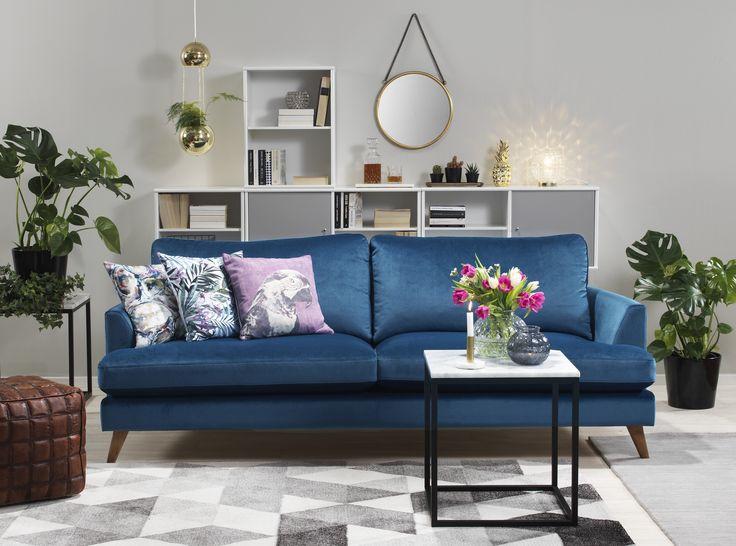 Klassiskt modern blå soffa. Spencer, em home | Vardagsrum ... : vardagsrum klassiskt : Vardagsrum