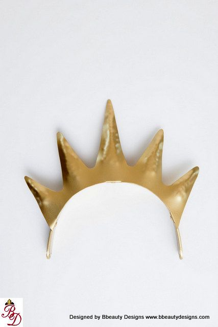 king triton costume - Google Search $200 crown...going to have to find a $5 look alike!