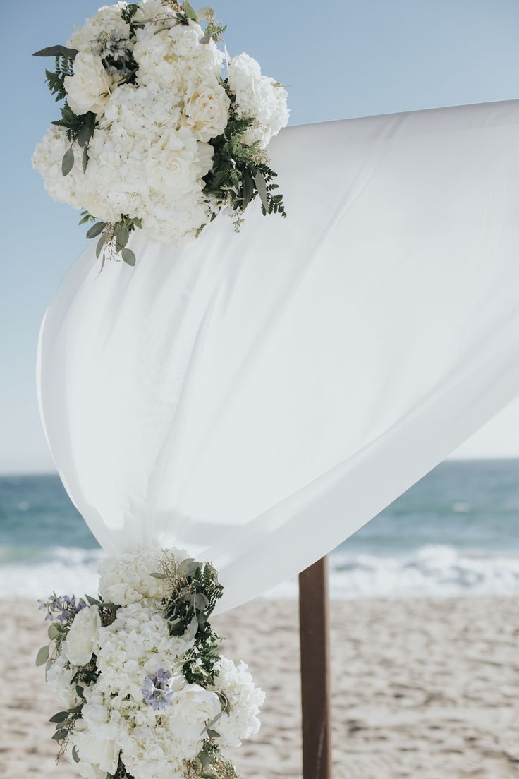 Relaxed Beach Wedding in Malibu Photographed by Jenny Smith & Co. Snippet & Ink