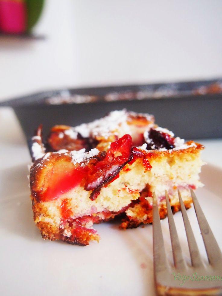 WEGAŃSKIE - ciasto drożdżowe ze śliwkami.