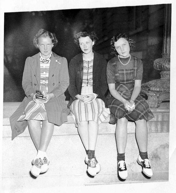 Saddle Shoes plaid pinafore skirt dress 40s found photo vintage fashion style girls teens women war era WWII
