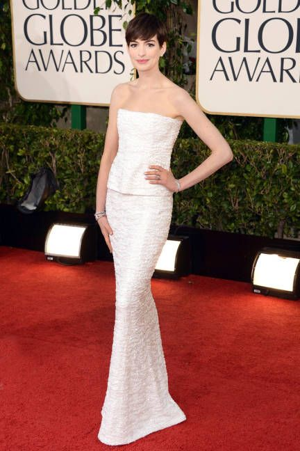 Anne Hathaway- in white Chanel Couture.