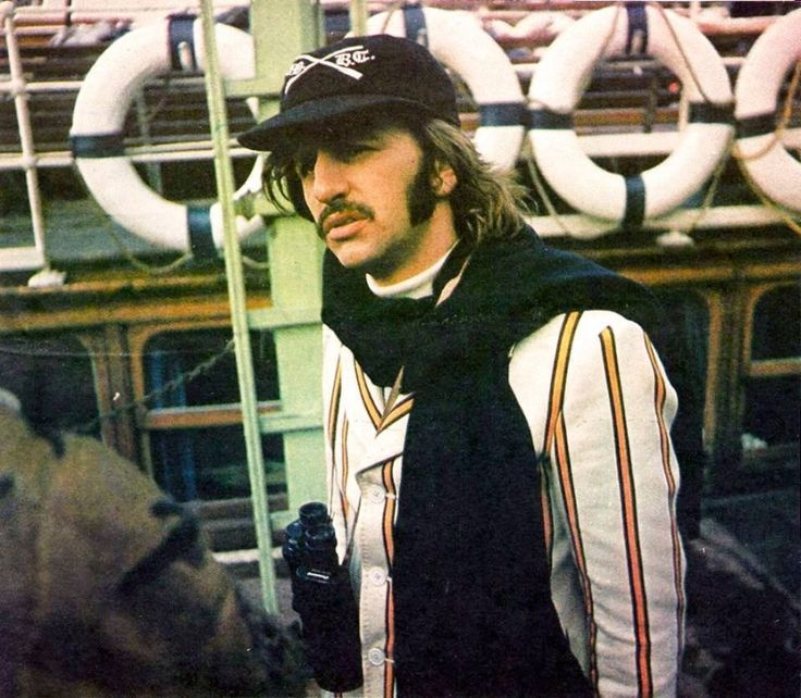 9th April 1969 Ringo With Peter Sellers Filming Magic Christian At The Boathouse