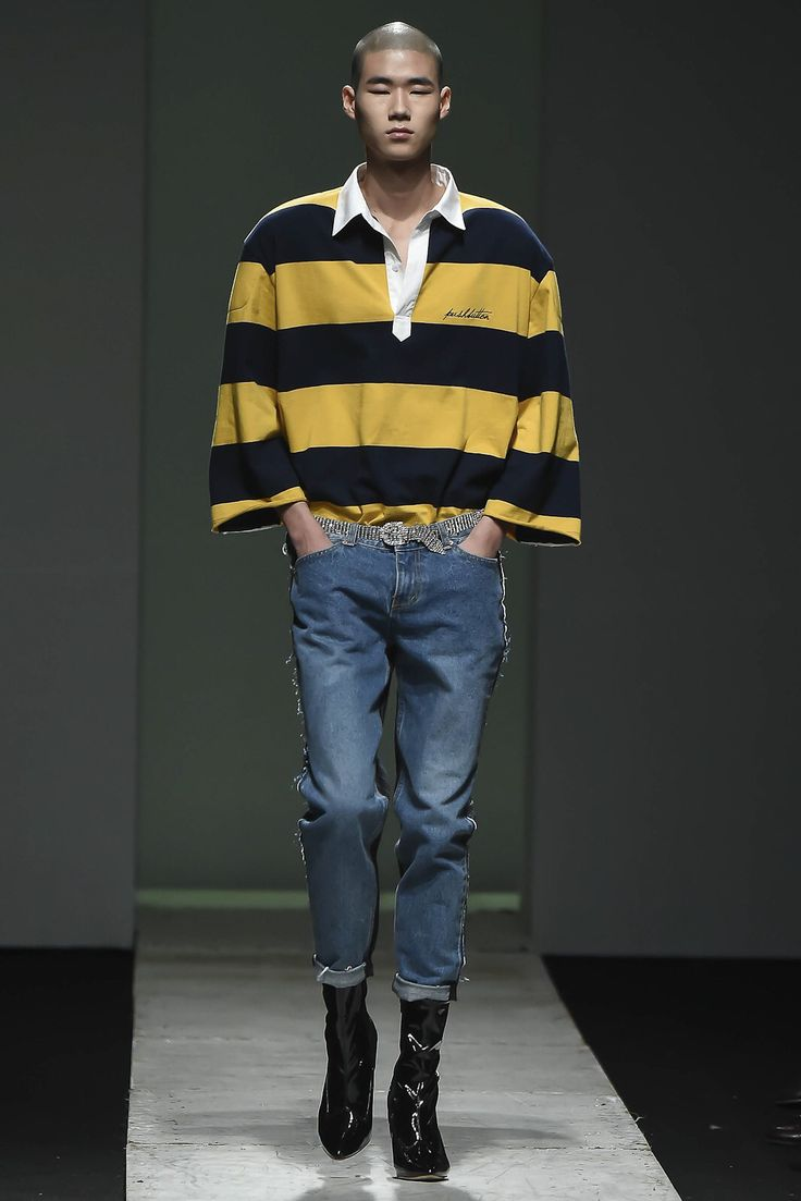 Pushbutton - Seoul Spring 2017  A Simple Method To Succeed On Wearing Smart Casual Clothes For Men http://perfecthomebiz.online/category/man-fashion/