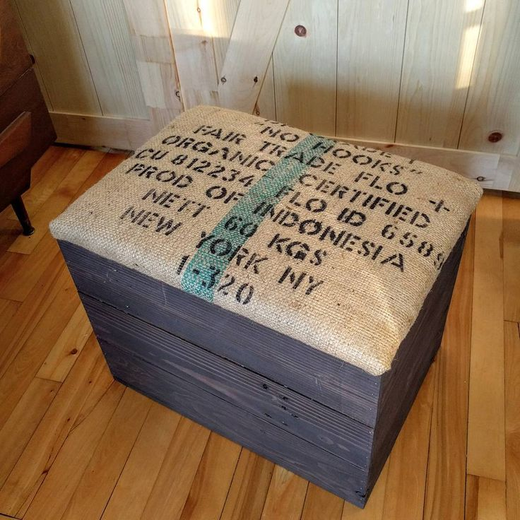 """Custom order: an entryway bench. My client asked for a rustic storage chest with a cushioned seat covered with burlap. The chest is made of reclaimed wood and the fabric comes from a large bag of coffee beans. The chest is very sturdy, solid and great for small spaces ( 21"""" x 15"""" x 18"""" ) while still providing plenty of room for storage. #entrywaybench #woodenchest #storagebench #storagechest #cushionedbench #reclaimedwood #burlap #coffeebeanbag #upcycling #rusticstyle #countryrustic…"""