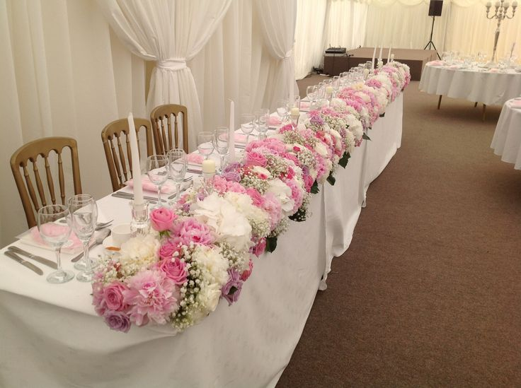 Full Length Top Table Arangement...By Jil @ The Stables