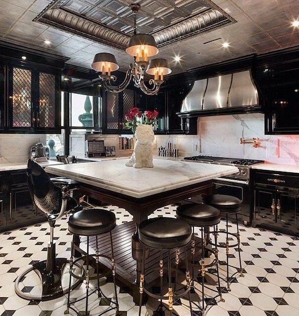 Black & white Kitchen @KortenStEiN