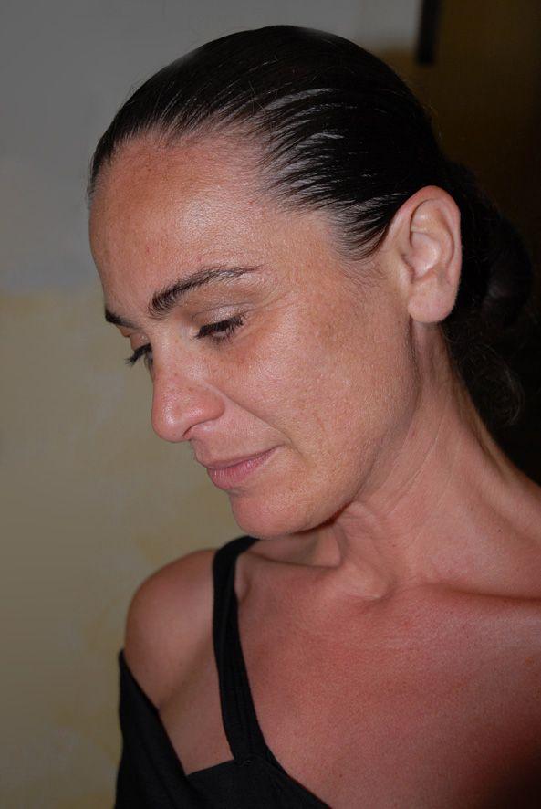 """E questa è l'altra tosta - Silvia Casagrande - che dialogherà con Ilaria Bignotti sul tema """"L'abito da lavoro dal codice alla negazione: dal superego al grado zero."""" Una mezz'ora di faville visive e intellettuali. https://www.facebook.com/profile.php?id=672359466"""