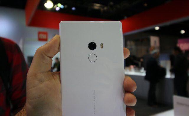 [CES2017] Xiaomi Mi Mix, τώρα και σε λευκό!  