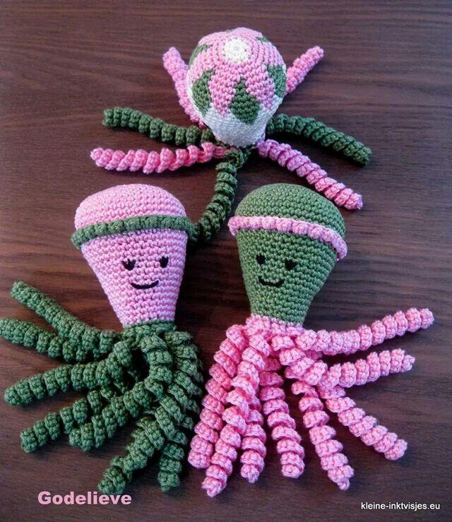 Deze inktvisjes zijn gemaakt door Goedelieve Hellinckx.