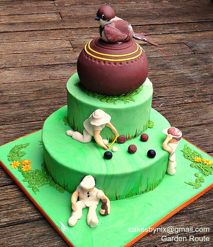Any bowlers out there will know the importance of an accurate measuring tape, a relaxing drink after the tension of a good game and the ability to shoo wagtails out of the path of that perfect delivery (if it wasn't for that damn bird!) cakesbynix@gmail.com 0766882608