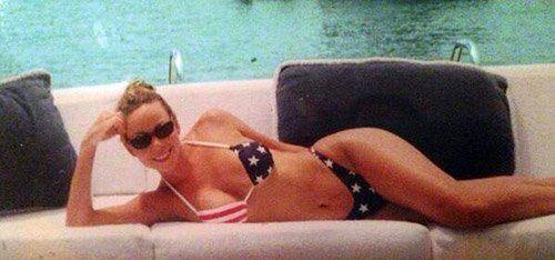 Mariah Carey flaunted her bod in a perfectly themed bikini.