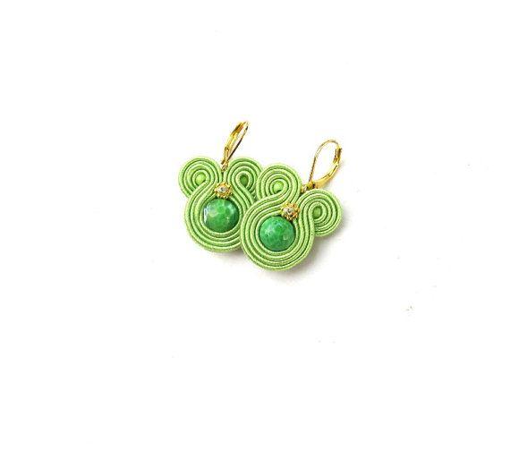 Moderne Ohrhänger mit Achat - Apfelgrün-Ohrringe - Soutache Ohrringe - moderne handgefertigte Ohrringe - moderne Soutache Schmuck - Geschenk