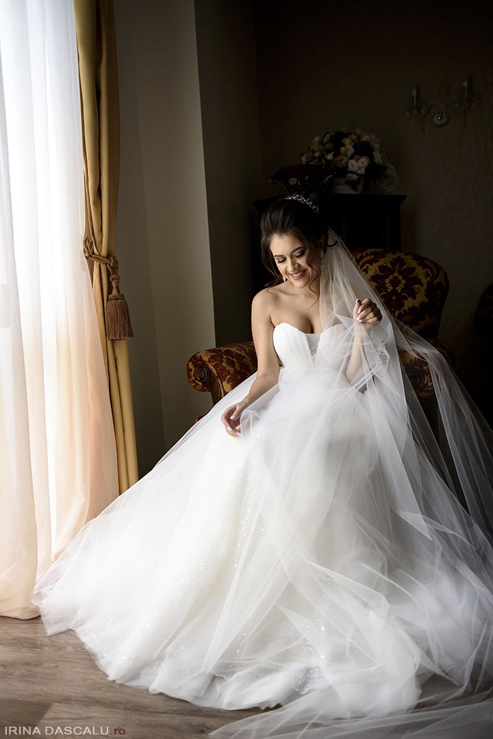 Fotografii Nunta - Irina Dascalu Wedding Photographer - Bride getting ready