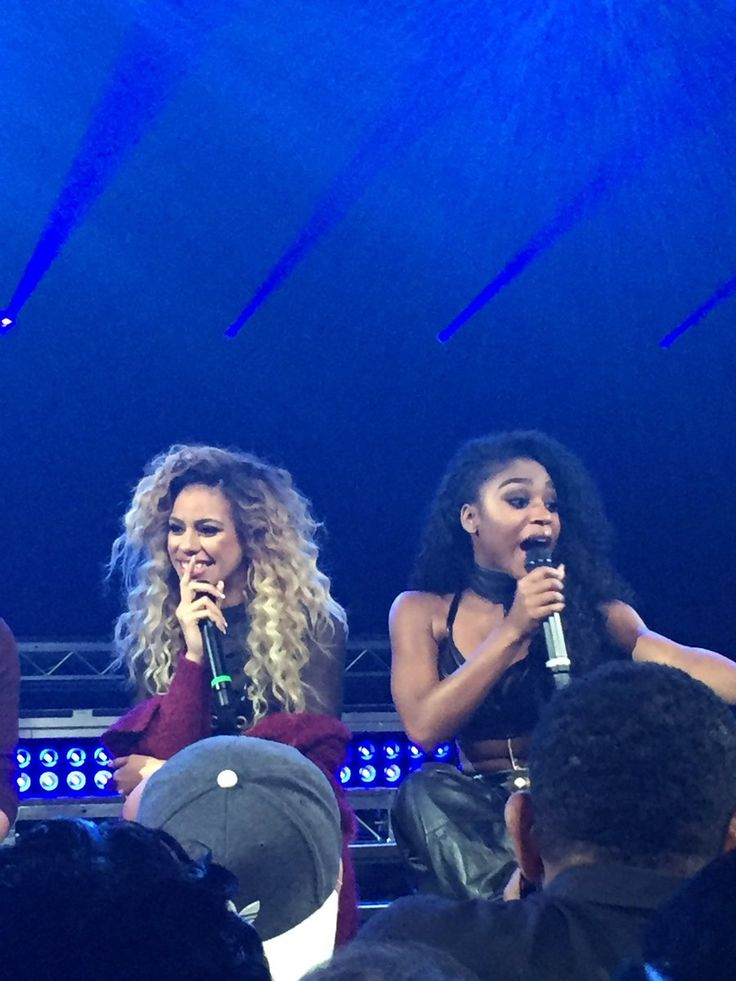 Normani & Dinah on stage.