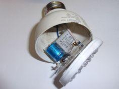 LED light bulb con tabla de calculo