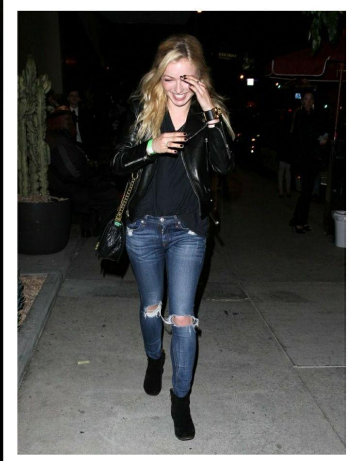 Francesca Eastwood in rag & bone Destroyed Skinny jeans in Chester