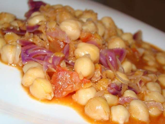 Guisado de Couve, Lentilhas e Grão com Leite de Côco