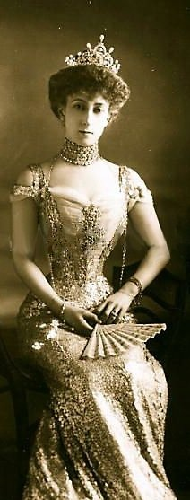 Princess Maud of Wales/Queen Maude of Norway - this daughter of British King Edward VII was quite the Edwardian Era Fashionista- 1906 - @~ Mlle