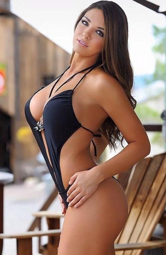 Perfect ass latina breasts cameltoe omg 3