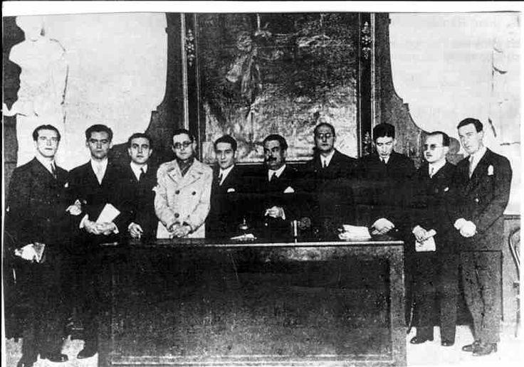 Algunos miembros de la Generación del 27, en la conmemoración del tercer centenario de la muerte de Góngora