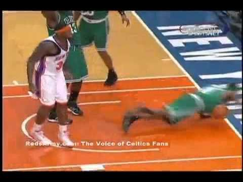 2.1 Eddy Curry HARD flagrant foul on Rajon Rondo - NBA Celtics/Knicks  1min