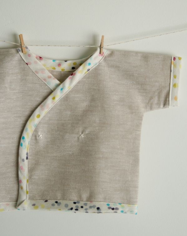 "Newborn Kimono Shirt - its construction is very simple but with attention to important details, so it doesn't take long to sew, but it will last a lifetime!l Baby kimono tutorial is available at ""Molly's Sketchbook: thepurlbee.com""."