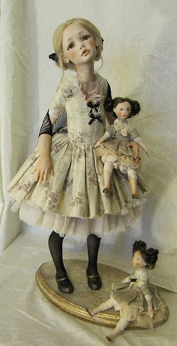This is NOT a BJD. It's actually a OOAK doll made with Living Doll polymer clay…