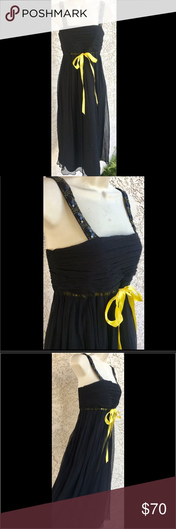 Laundry Shelli Segal Black Silk Chiffon Dress 4 Laundry by Shelli Segal. Black Silk Babydoll Dress. Size 4. Fully lined 97% Silk Chiffon Flowy Midi Dress. Yellow Satin ribbon at empire waistline. Straps are adorned with subtle beading and large black stones. Ruched Pleated Bustline. Side zipper closure. Perfect dress for summer nights ! Laundry by Shelli Segal Dresses Midi
