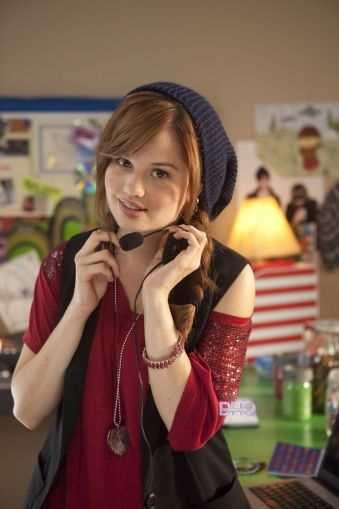 """Tara ~ Radio Rebel - I love her casual """"tomboy-ish"""" look lol me that movie was made for me as a Lifehouse fan"""