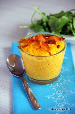 Une recette de flan aux carottes trouvée sur le blog de «La cuisine d'Ariane» , un petit blog qui débute tout doucement… J'ai adapté la présentation, et modifié un poil la recette car il n'y avait pas de réelles proportions, et j'ai fais cuire les flans à la vapeur histoire de rentabiliser mon superbe micro-vapEn savoir plus