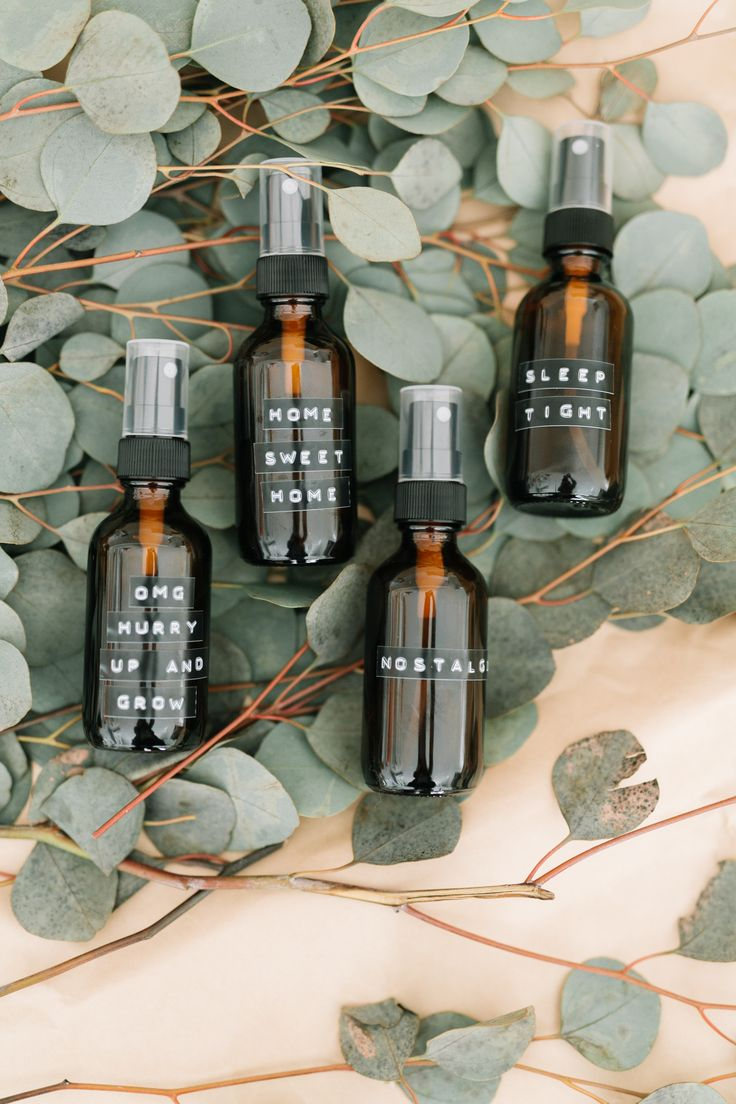 25 Clean Living DIY's + Tips Essential oil spray