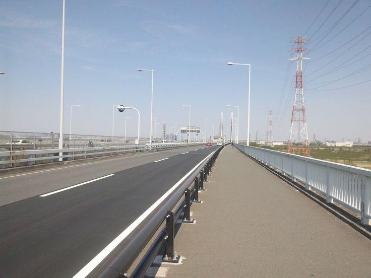 歩道と道路 県道