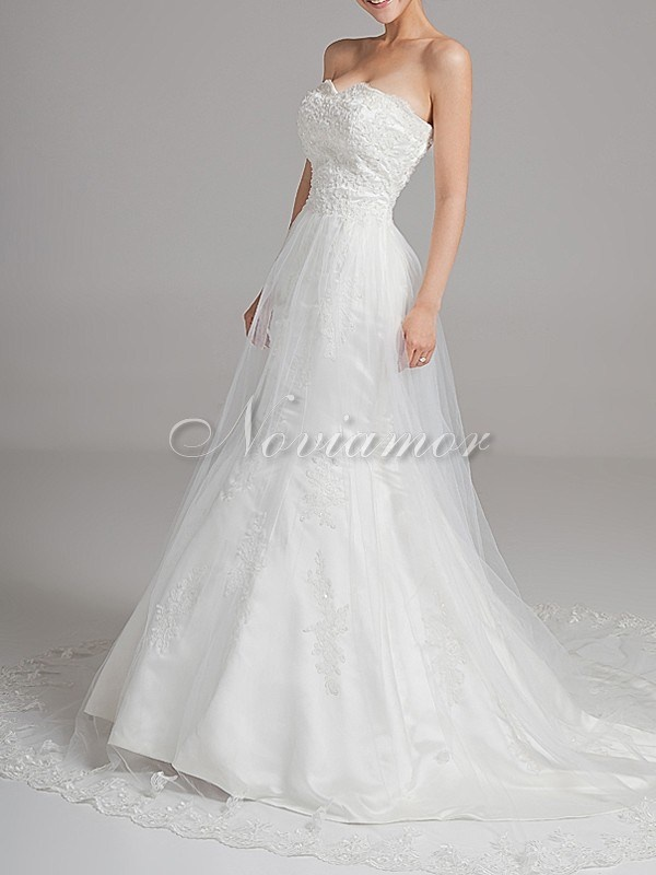 Satin Straight Neckline A-line Vintage Bridal Dress with Flower Sash NW1068
