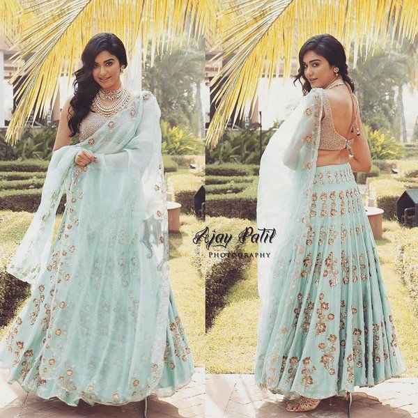 Adah sharma in Shilpa Reddy lehenga at IBFW(Indian Beach Fashion Week) 2015 in Goa. The actress was beautiful in blue lehenga with backless blouse.